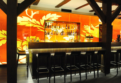 tolle-stunden-an-der-hotelbar_gallery_zoomed